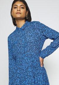 Moss Copenhagen - BEATRICE JALINA - Robe d'été - blue - 4