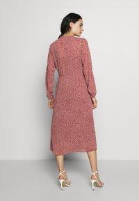 Moss Copenhagen - RIKKELIE - Vestido informal - light pink - 2