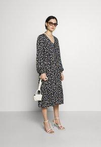 Moss Copenhagen - PRESLEY JALINA DRESS - Kjole - black - 1