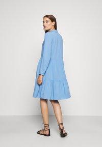 Moss Copenhagen - KAROLINA SHIRT DRESS - Shirt dress - blue - 2