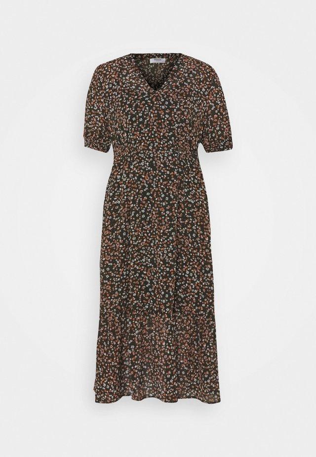 EDA RIKKELIE DRESS - Kjole - brown / multicolor