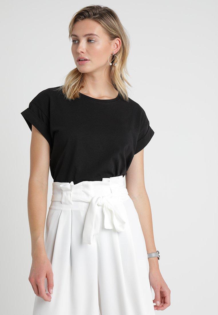 Moss Copenhagen - ALVA PLAIN TEE - T-shirts - black