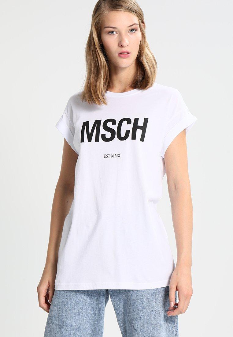 Moss Copenhagen - ALVA EST TEE - Print T-shirt - white/black