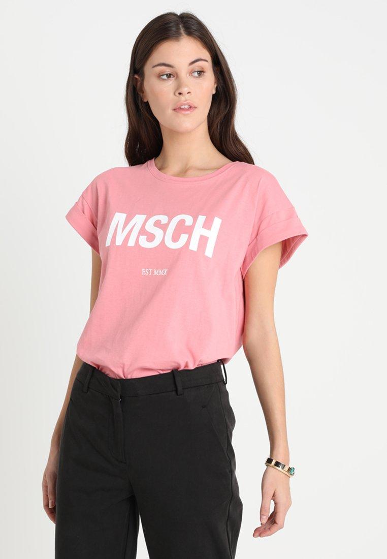 Moss Copenhagen - ALVA EST TEE - Print T-shirt - brandied apricot/white