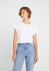 Moss Copenhagen - ALVA TEE - Camiseta básica - white - 2