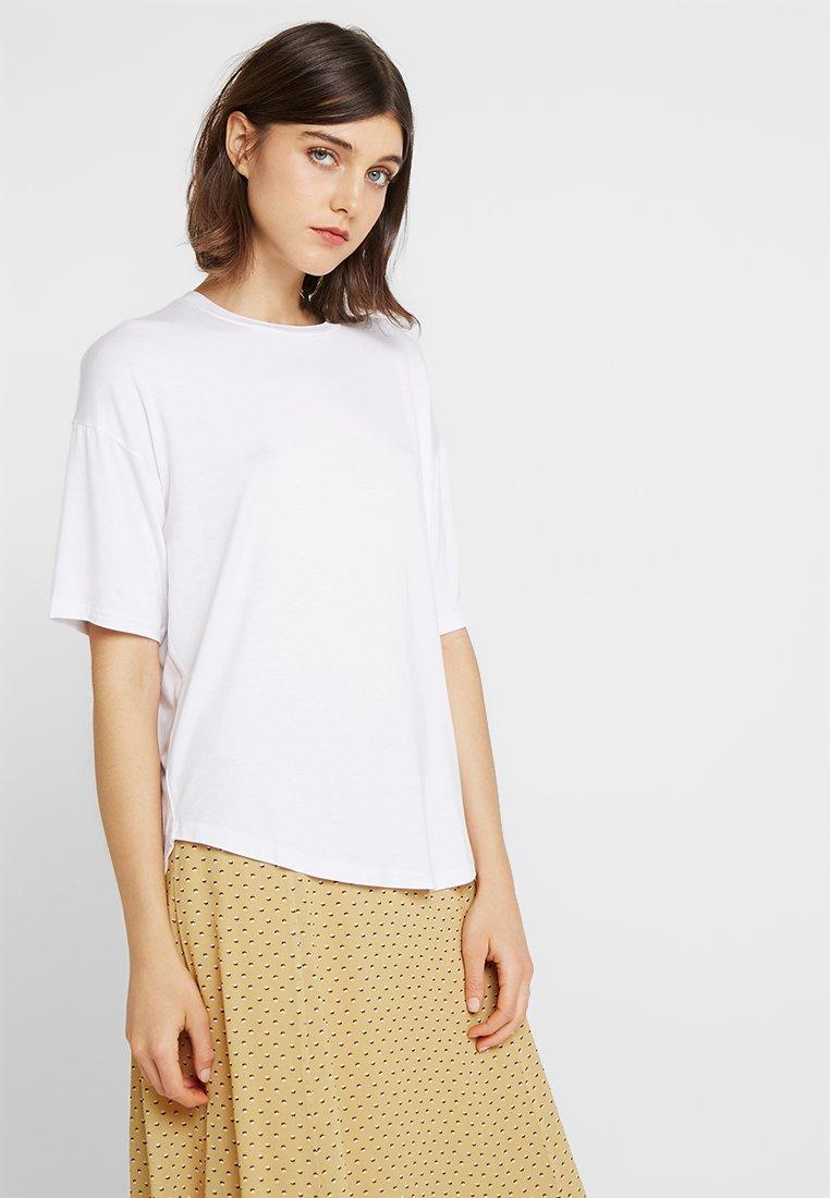 Moss Copenhagen - ANIKA TEE - T-shirt basic - bright white