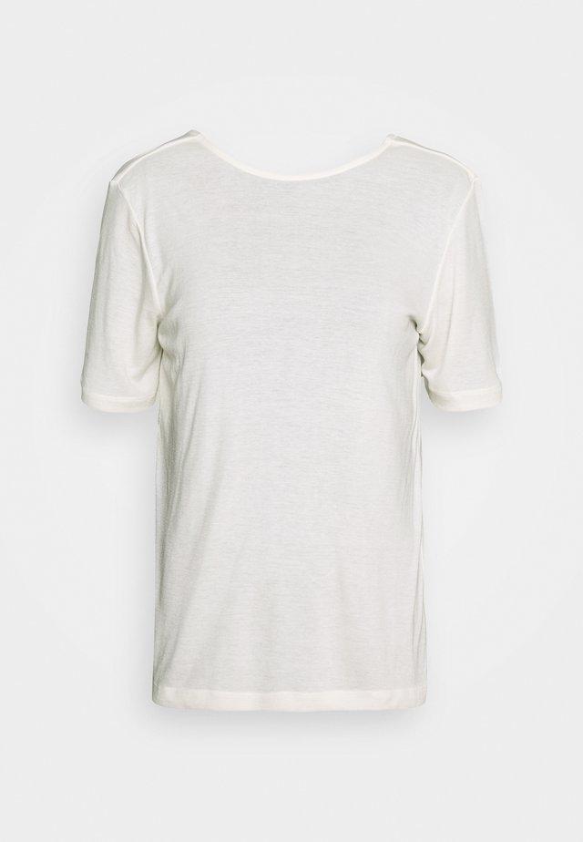MONA DEEP BACK TOP - Jednoduché triko - egret
