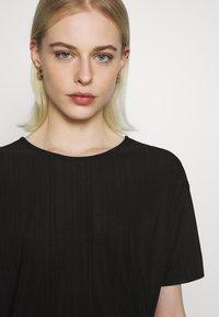Moss Copenhagen - LINA TOP - T-shirts - black - 4