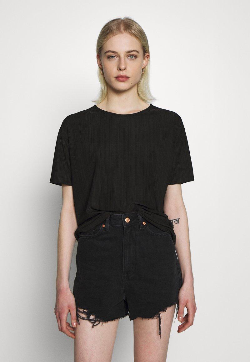 Moss Copenhagen - LINA TOP - T-shirts - black