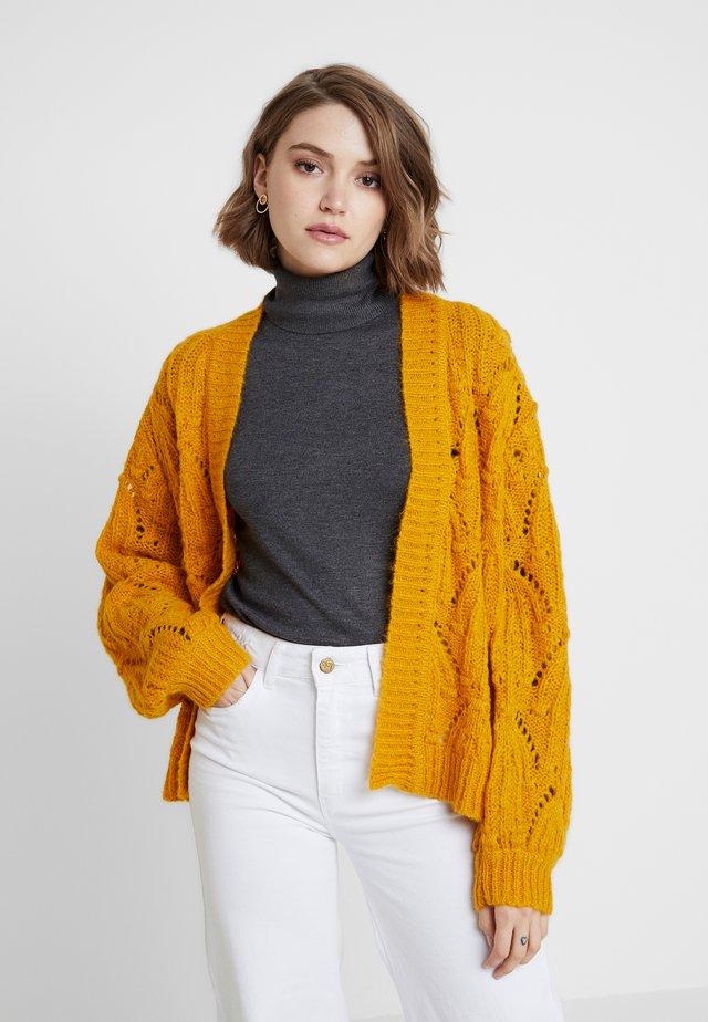 MAVIS CARDIGAN - Gilet - golden yellow