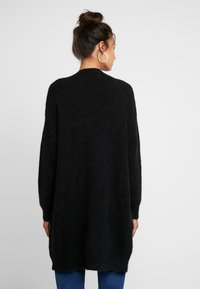 Moss Copenhagen - VOGUE LONG CARDIGAN - Strikjakke /Cardigans - black - 2