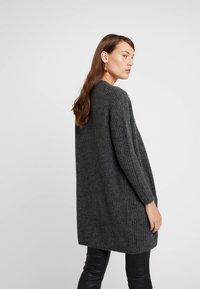 Moss Copenhagen - VIRA CARDIGAN - Vest - mottled dark grey - 2