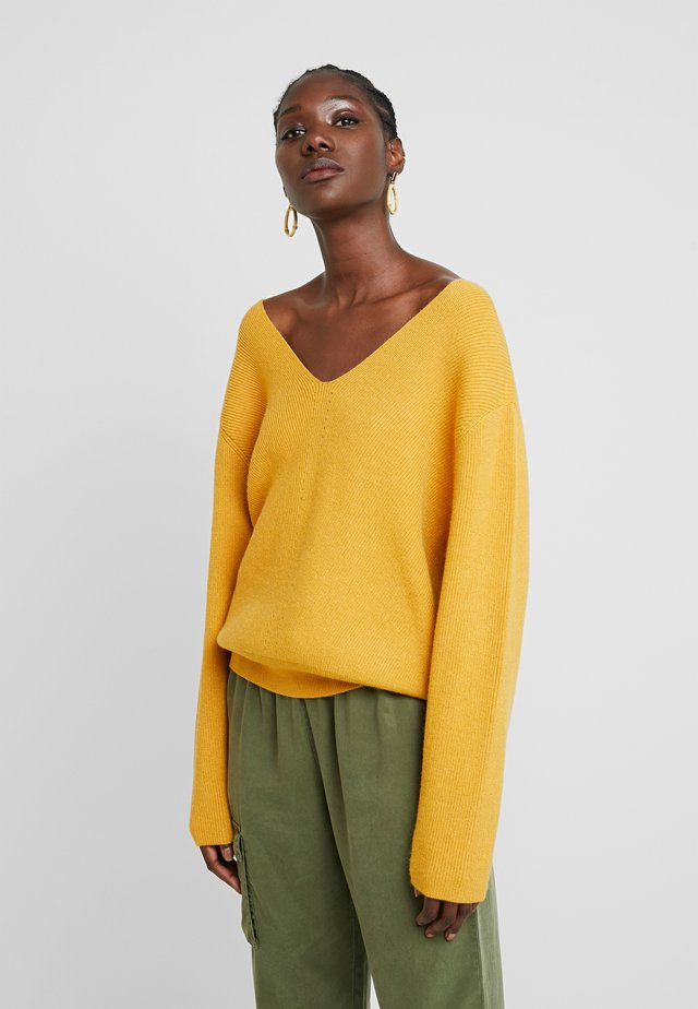 JILLI - Jumper - mineral yellow