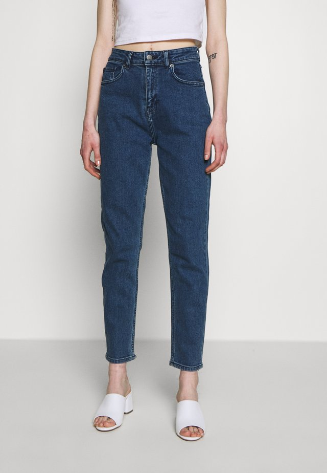 CRYSTAL MOM  - Jeans Relaxed Fit - mid blue wash