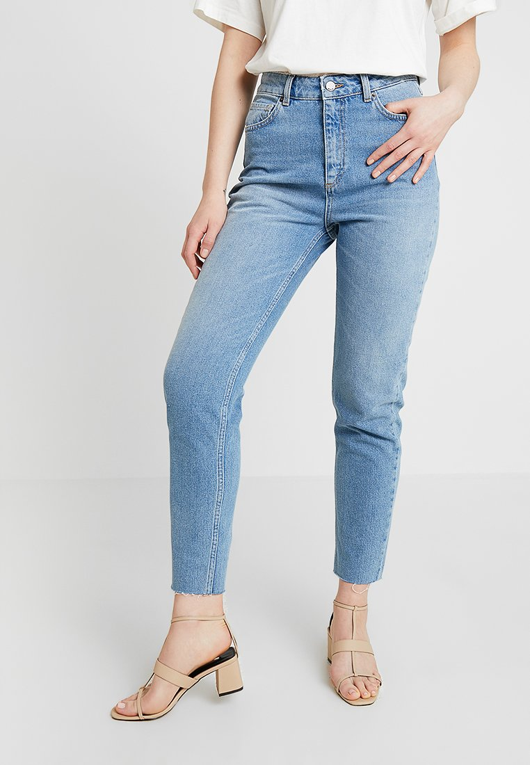 Moss Copenhagen - CRYSTAL MOM - Jeans Relaxed Fit - vintage blue
