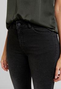 Moss Copenhagen - SIGGA - Jeans Skinny Fit - black washed - 4