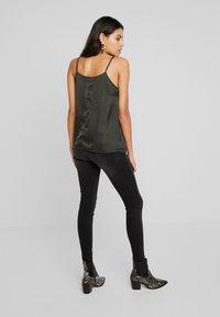 Moss Copenhagen - SIGGA - Jeans Skinny Fit - black washed - 2
