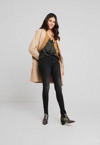 Moss Copenhagen - SIGGA - Jeans Skinny Fit - black washed - 1