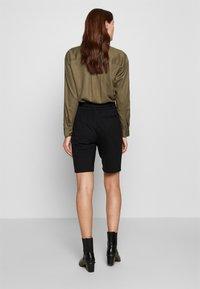Moss Copenhagen - POPYE  - Shorts - black - 2