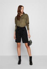 Moss Copenhagen - POPYE  - Shorts - black - 1