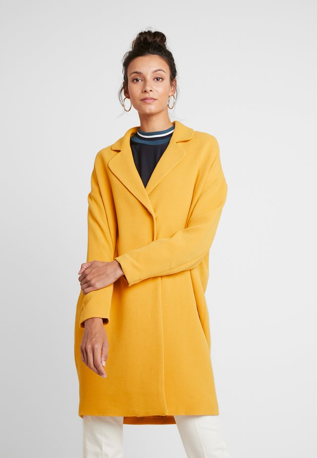 FLAKE JACKET - Cappotto classico - golden yellow