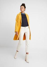 Moss Copenhagen - FLAKE JACKET - Zimní kabát - golden yellow - 1