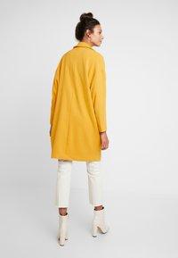 Moss Copenhagen - FLAKE JACKET - Zimní kabát - golden yellow - 2