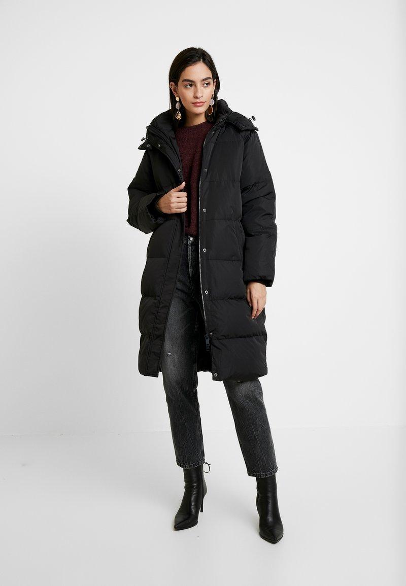 Moss Copenhagen - SKYLAR JACKET - Down coat - black