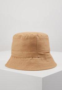 Moss Copenhagen - BALOU BUCKET HAT - Hatt - lark - 3
