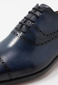 Magnanni - Derbies & Richelieus - wind ocean - 5