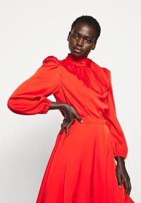 Milly - STRETCH ADELE DRESS - Cocktailklänning - red - 4