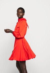 Milly - STRETCH ADELE DRESS - Cocktailklänning - red - 3