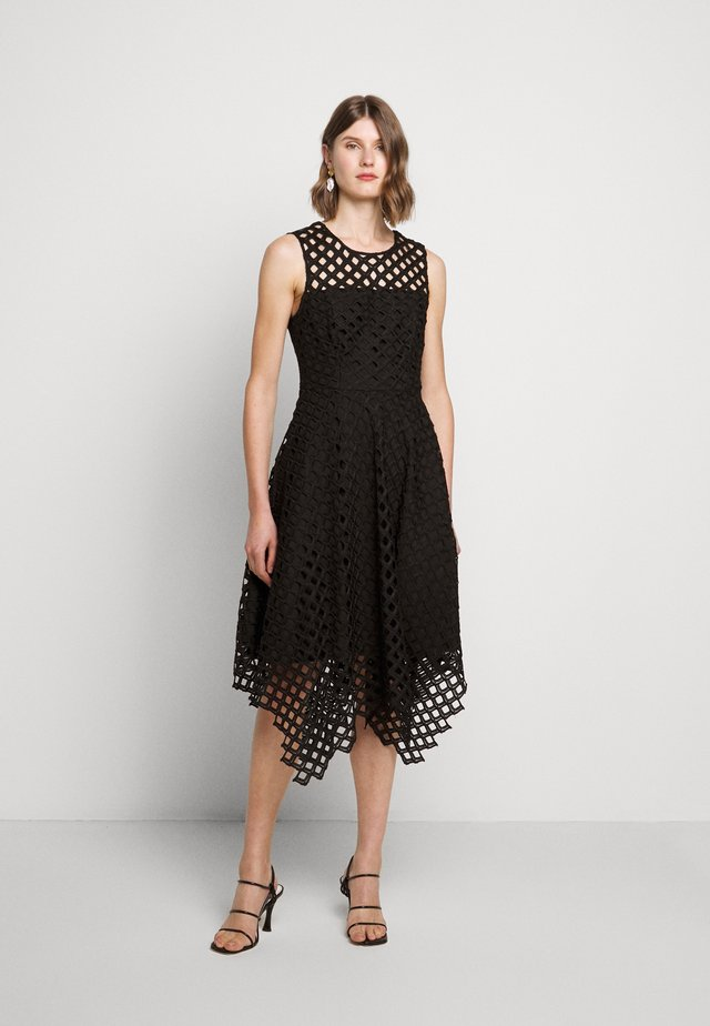 LATTICE EMBROIDERY ANNEMARIE DRESS - Cocktailjurk - black