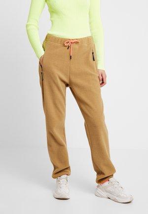 SUPER PISTELLA - Pantalones deportivos - beige