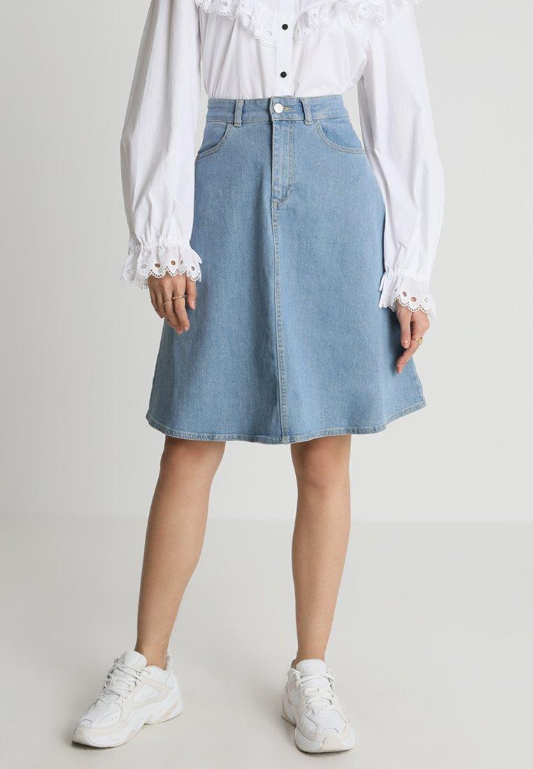 Mads Nørgaard - STEFFI - A-line skirt - mid indigo wash