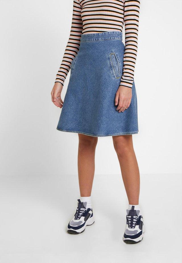 HEAVY INDIGO STELLY - A-line skirt - worn stone