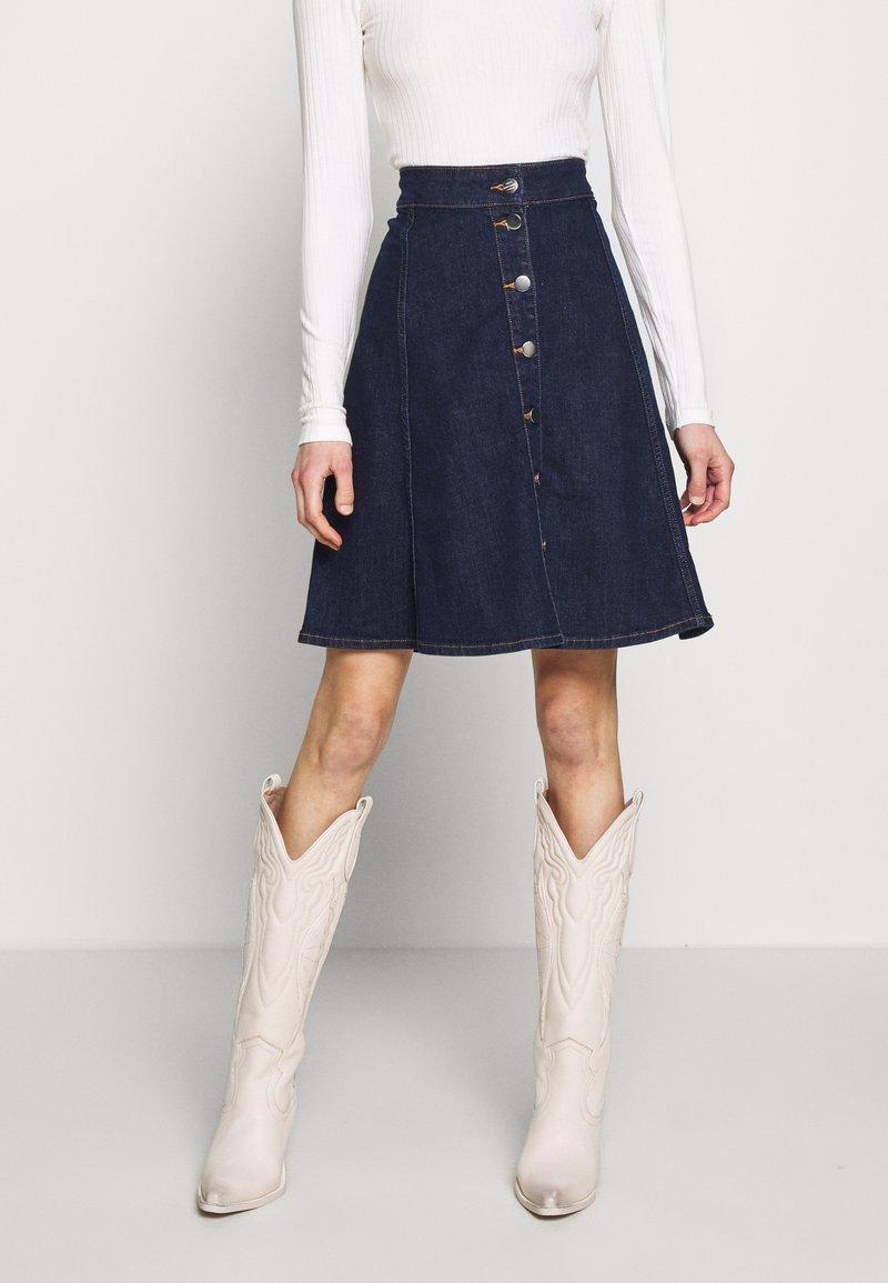 Mads Nørgaard - COMFI STELISSA BOX - A-line skirt - bluse rinse