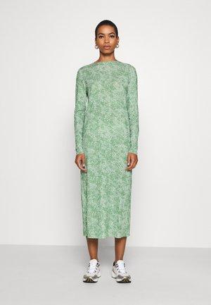 DAGMAR - Długa sukienka - light green