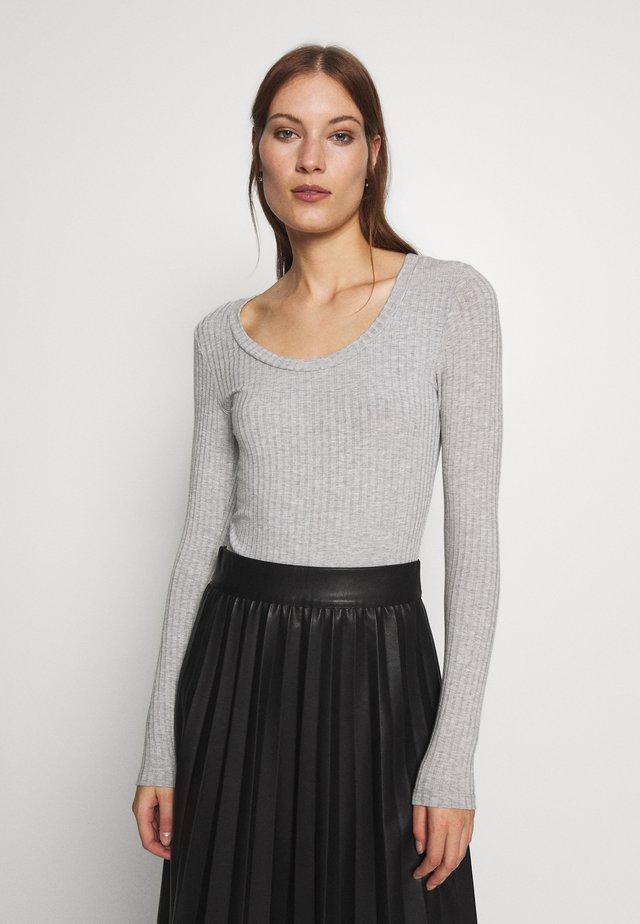 TINILLA - Långärmad tröja - grey melange