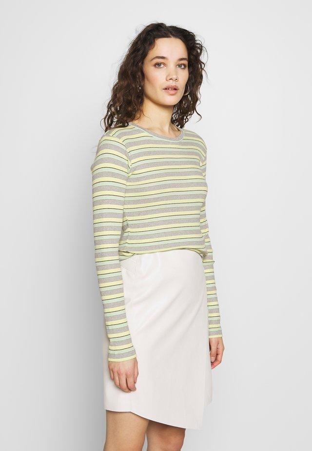 STRIPY TUBA - Long sleeved top - pastel yellow/multi