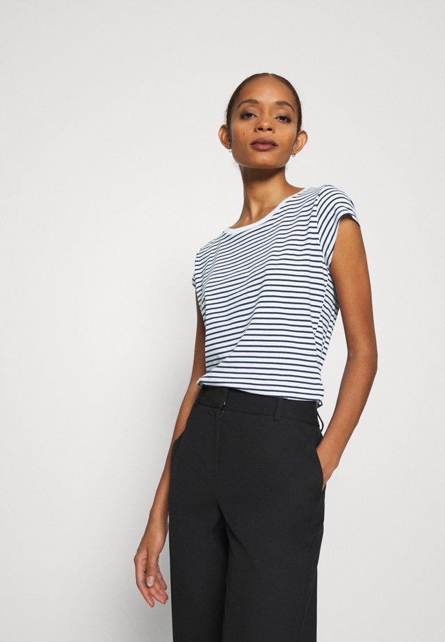 STRIPE TEASY - Print T-shirt - white/navy