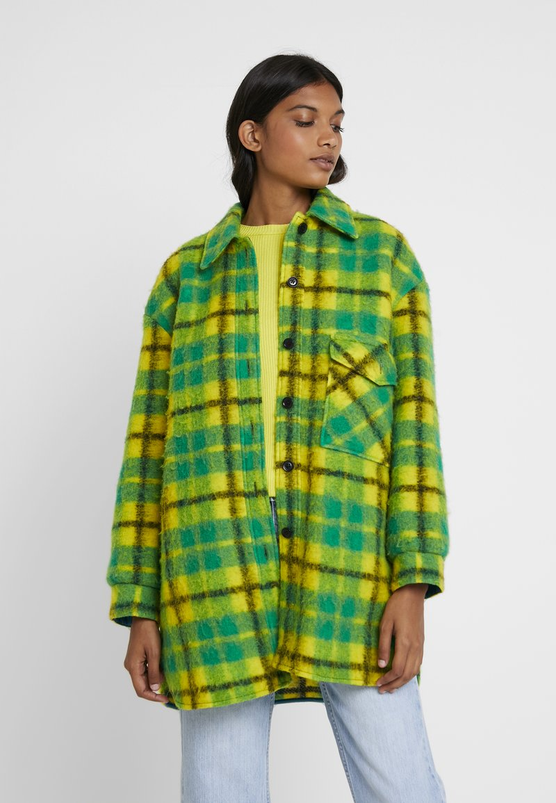 Mads Nørgaard - CHECKY CABBY - Classic coat - green/yellow