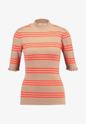 KARINELLA NEON - T-shirts med print - beige/neon orange