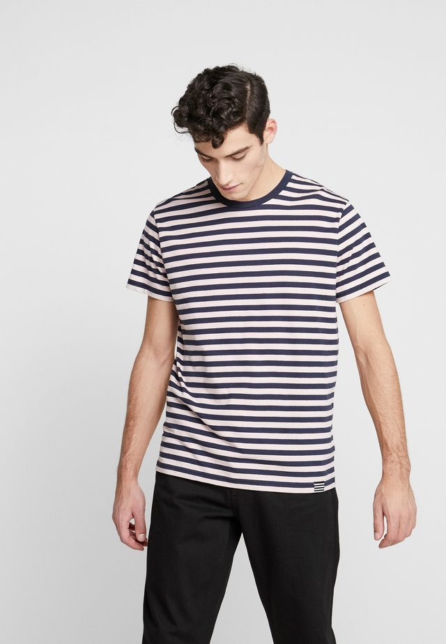 MIDI THOR - T-shirt print - peachy keen/sky captain