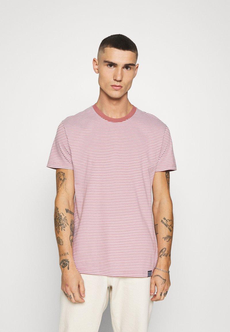 Mads Nørgaard - FAVORITE MINI THOR - T-shirt z nadrukiem - light pink