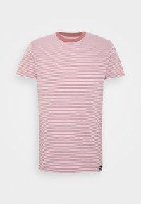 Mads Nørgaard - FAVORITE MINI THOR - T-shirt z nadrukiem - light pink - 3