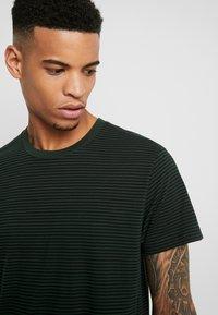 Mads Nørgaard - MINI THOR - T-Shirt print - mountainview/black - 4