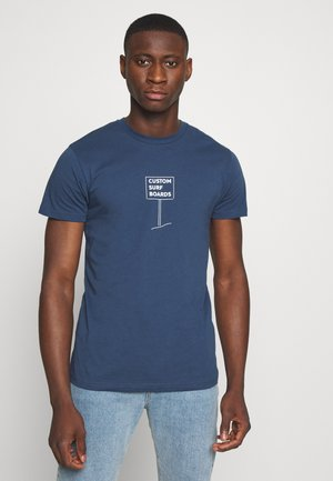 SURF TREN - T-Shirt print - saragossa sea strip