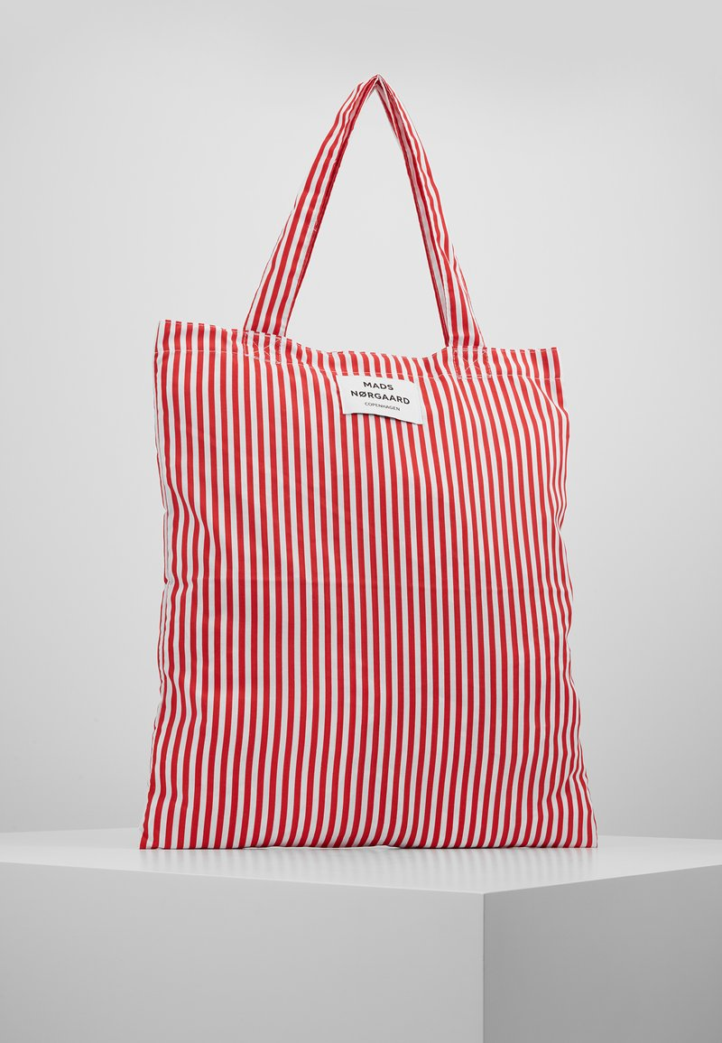 Mads Nørgaard - ATOMA - Bolso shopping - red/white