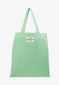 Mads Nørgaard - ATOMA - Tote bag - white/green - 5